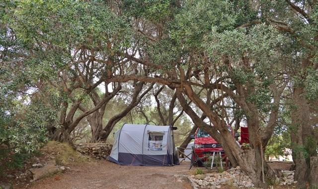 Camping-campingpiandelfosse-vacances-bonifacio-corse.jpg