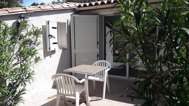 Hotel-lepadolo-terrasse-bonifacio-corse.jpg