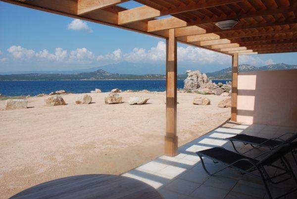 Locationmeublés-latonnara-plage-bonifacio-corse.jpg
