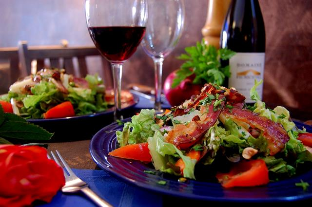 Restaurant-laloggia-repas-bonifacio-corse.jpg