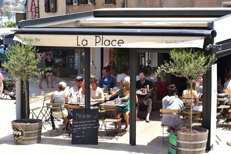 Restaurant-laplace-port-bonifacio-corse.jpg