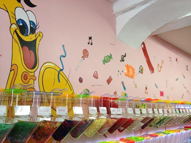 Shopping-galeriewhynot-bonbons-bonifacio-corse.jpg
