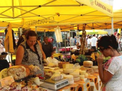 Market de Santa Teresa di Gallura