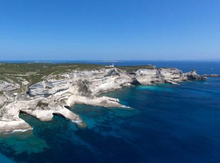 Sentier-Pertusatu-balade-Bonifacio-Corse.jpg