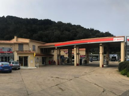 Station-essence-Bonifacio-Botti.jpg