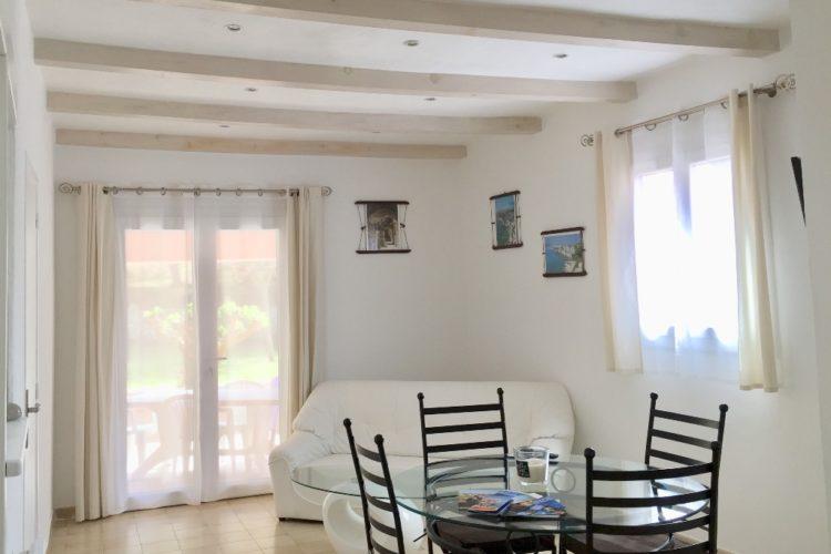 Location-botti-Bonifacio-séjour.jpg