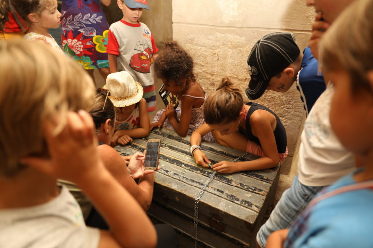 children-guided-tour-9-bonifacio-corsica