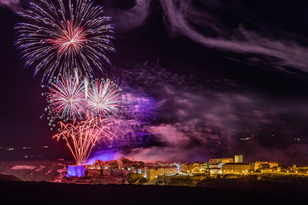 Fireworks in Bonifacio ! - Tourist Office of Bonifacio