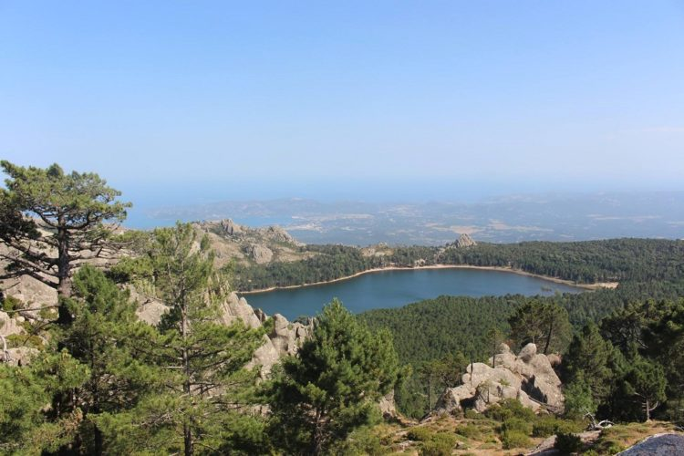Rando4x4-corse-balade-paysage-lac-nature-sauvages-Corsica.jpg