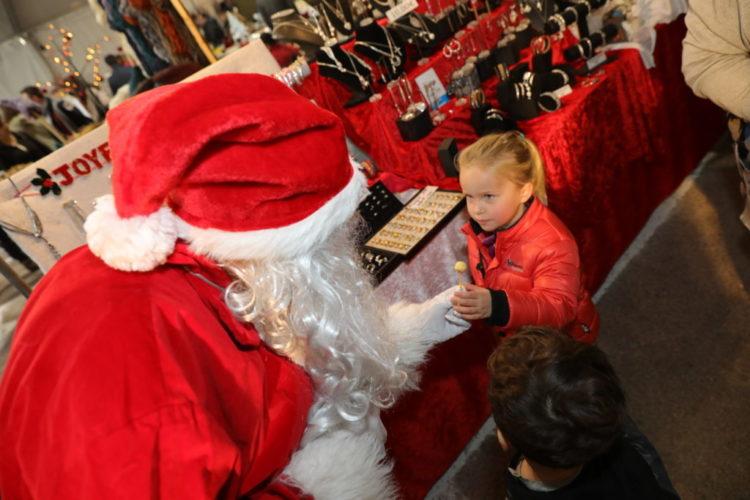 child-christmas-bonifacio-corsica