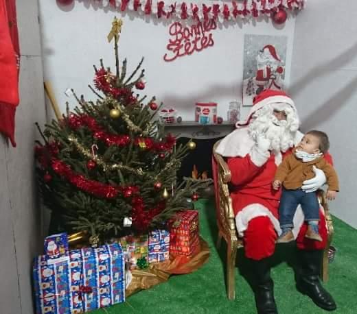 christmas-market-santa-claus-bonifacio-corsica