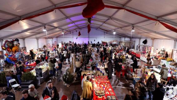 christmas-market-view–bonifacio-corsica