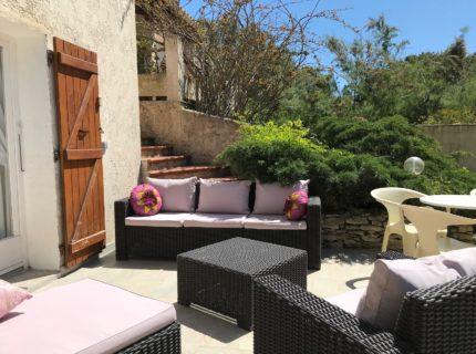 Location-piriottu-maison-Bonifacio-salondejardin-Corsica.jpg