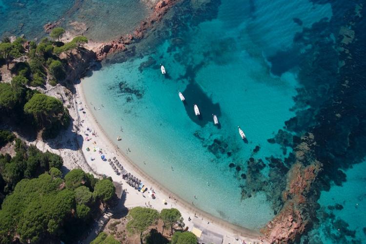Heli-sud-Corse-turcoise-plage-Corsica.jpg